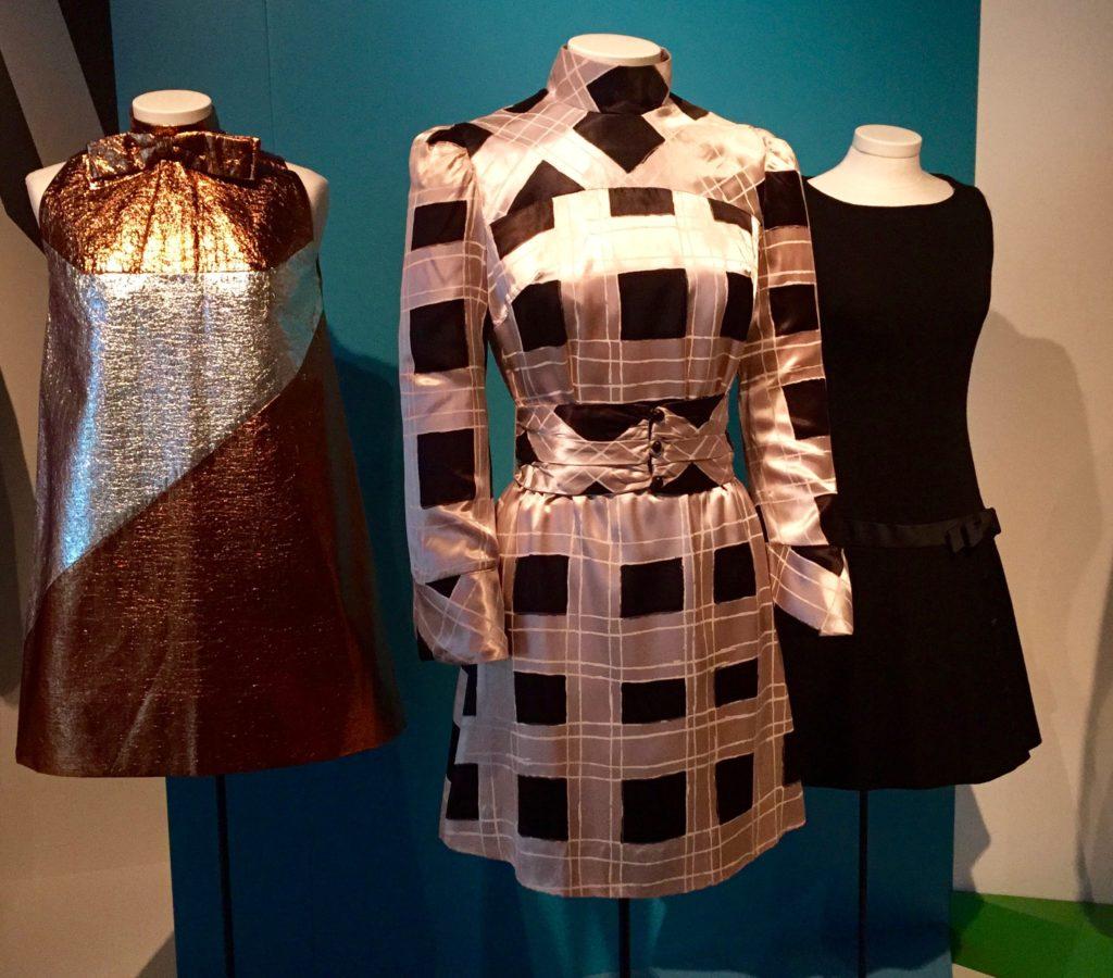 expo 3 dresses